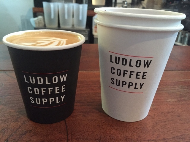 Ludlow Coffee Supply New York City cappucino coole koffietentje hippe tent
