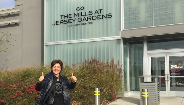 Newyorkcitytrippers at Jersey Gardens outlet mall - Manhattan To The Mills At Jersey Gardens